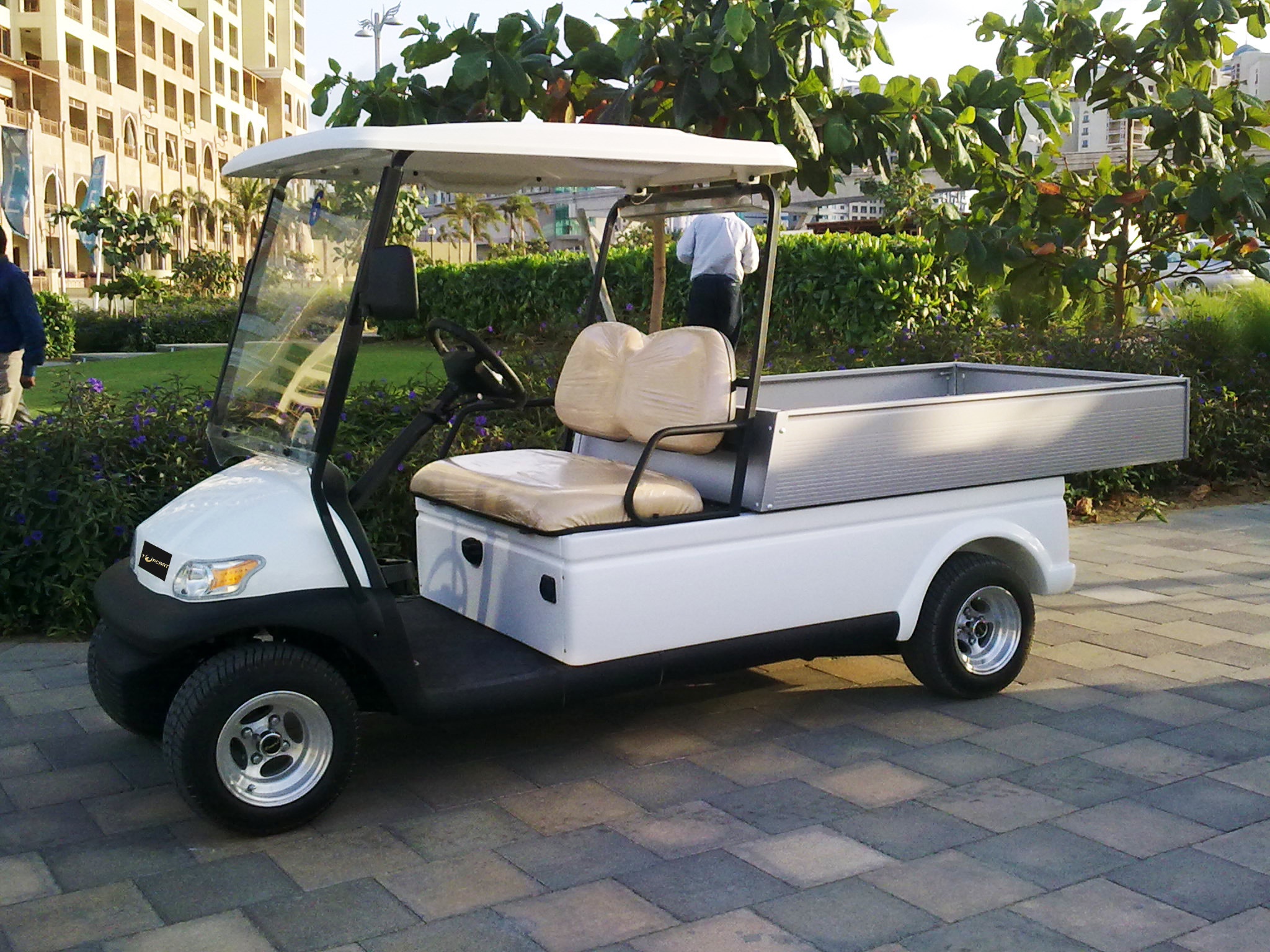 Electric 48v  transportation Utility Golf Cart With Silver Aluminum box For Hotels>/